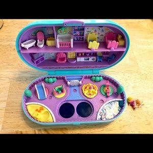 Vintage Polly Pocket Babysitting Stamper Compact